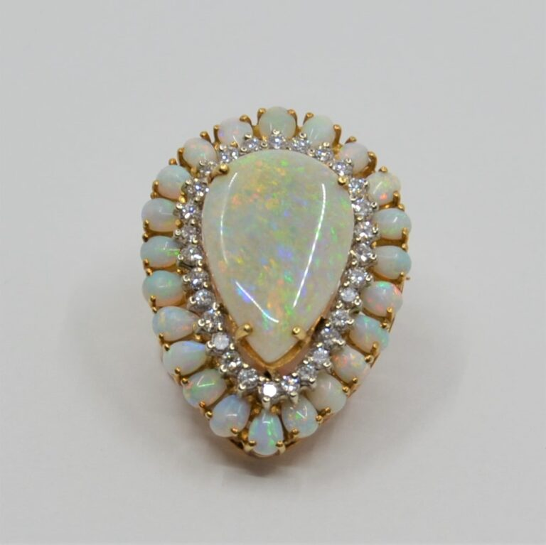 18k Opal and Diamond Brooch/Pendant