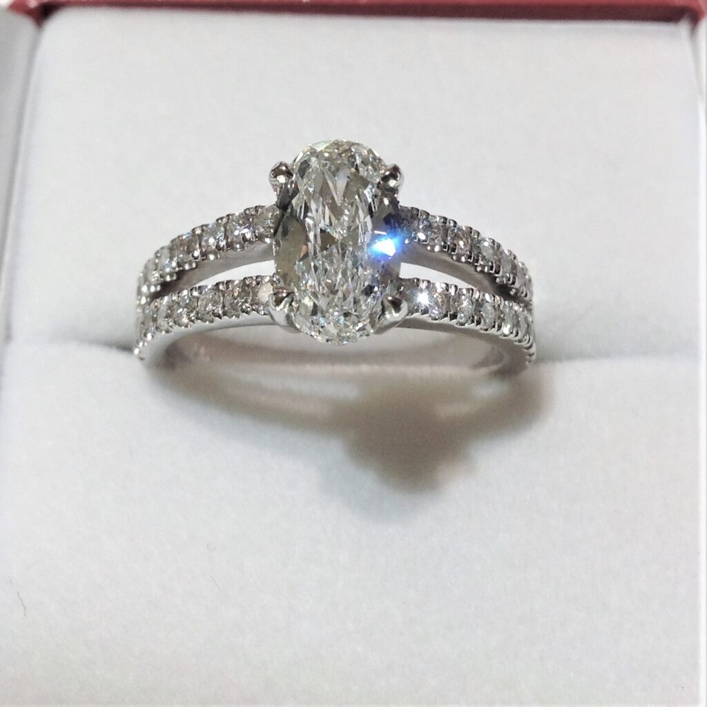 oval-diamond-custom-ring-min