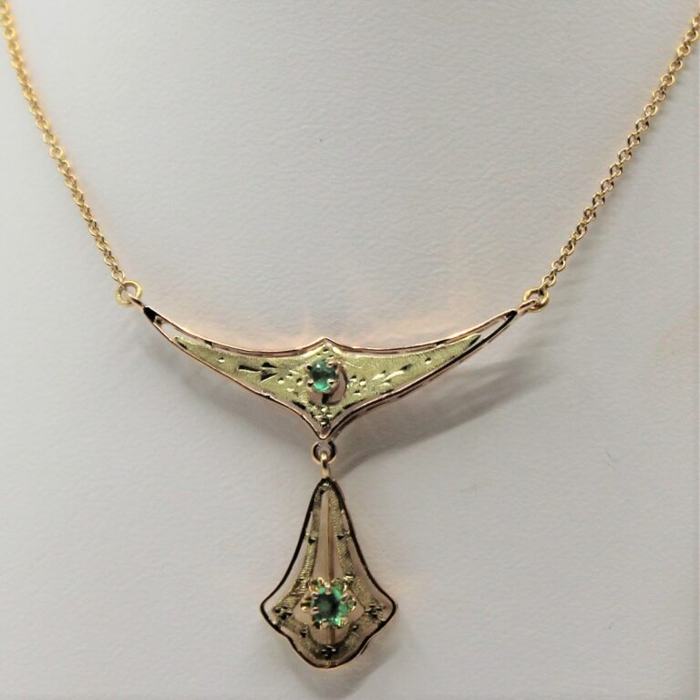 10k emerald necklace